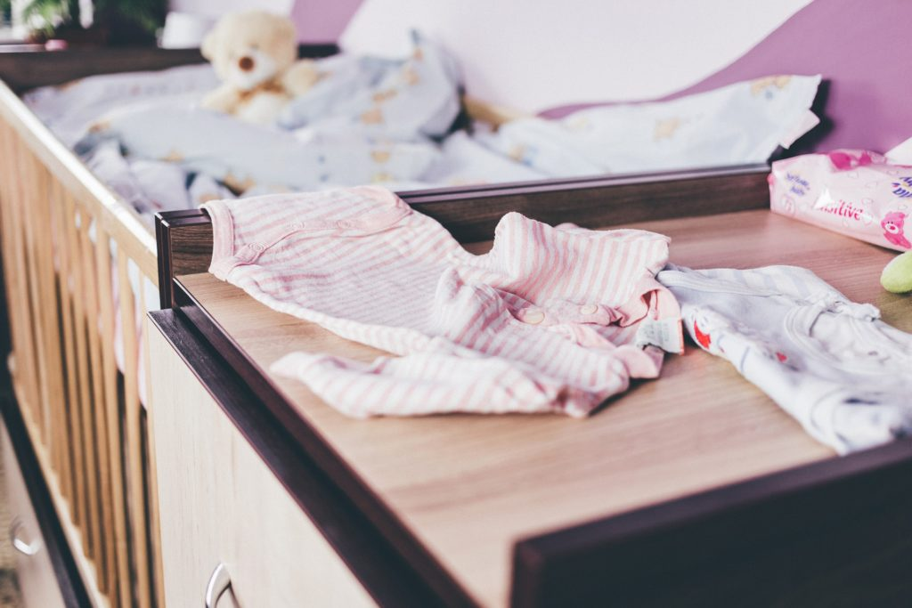 Organize your house before baby makes his or her arrival, organization tips, tips to get house ready for baby, prepare for baby with these tips