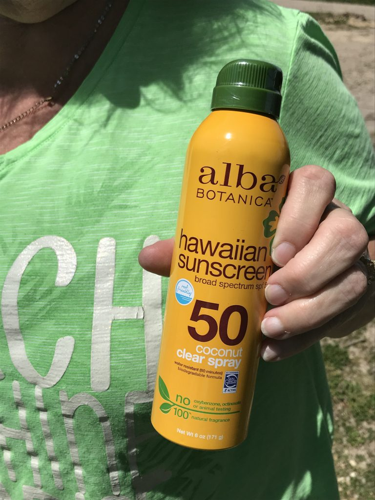 ALba Botanica Hawaiian Coconut clear sunscreen