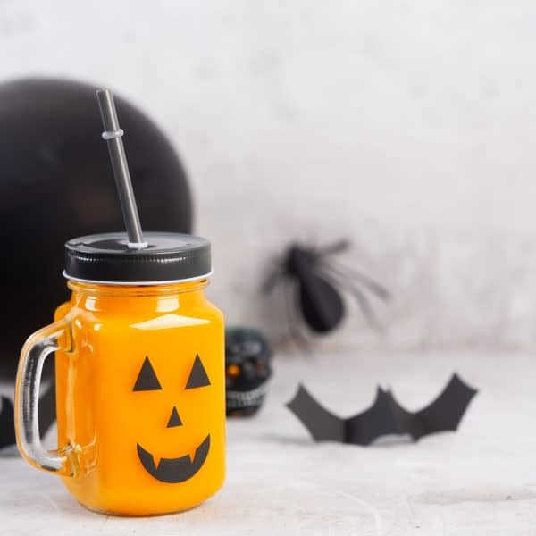 5 Fun Kid Friendly Drinks To Make for Halloween (and a bonus Adult drink)