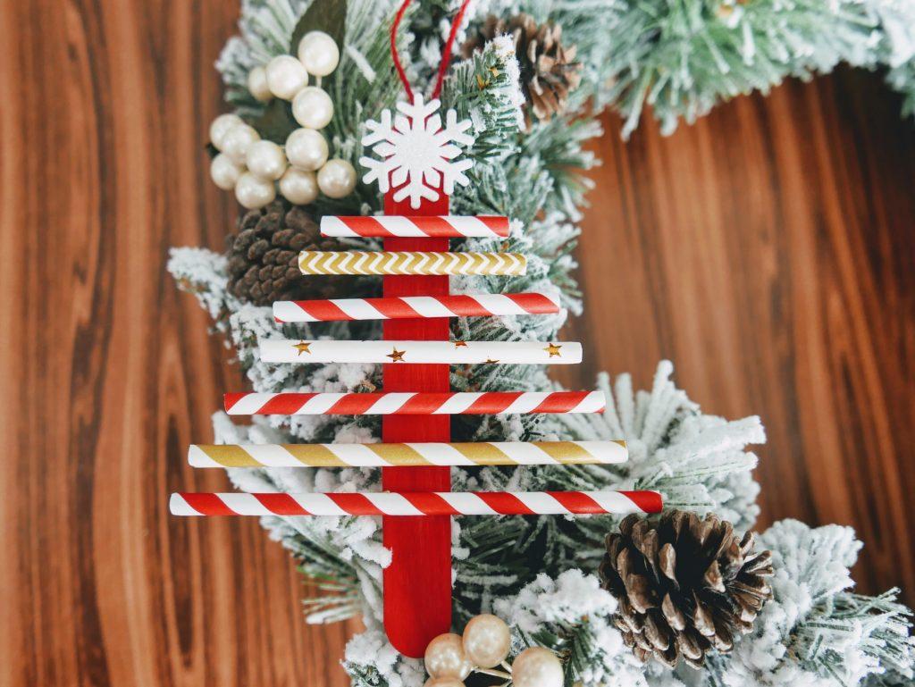final Christmas Tree Straw Craft